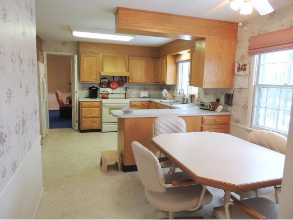 319 Ridgefield Rd, Endicott, NY - USA (photo 5)