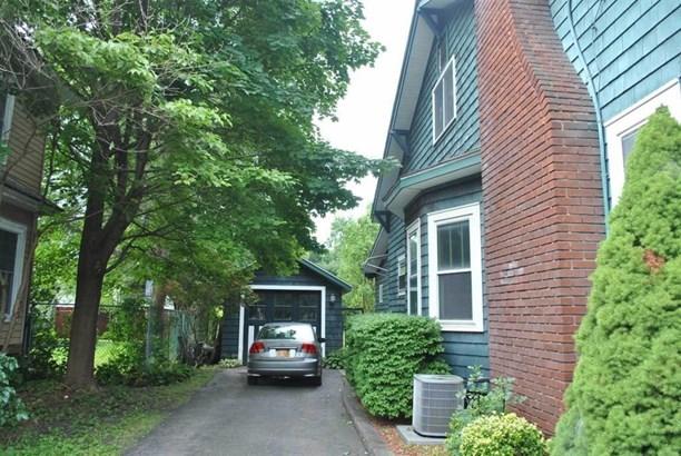 353 Chestnut Street, Oneonta, NY - USA (photo 1)