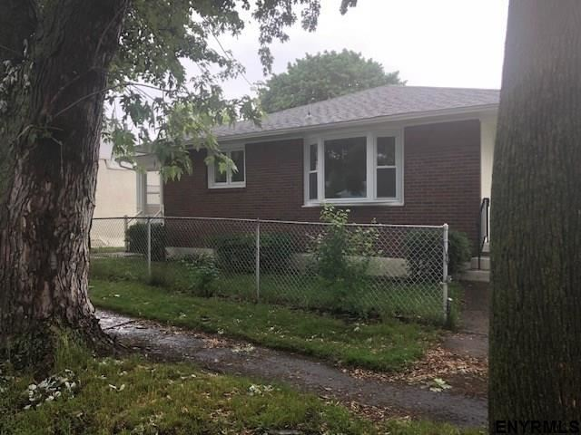 1610 4th Av, Watervliet, NY - USA (photo 3)