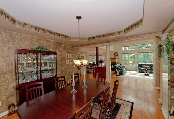 6 Eton Ct, Saratoga Springs, NY - USA (photo 2)