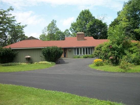 6853 County Rd 32, North Norwich, NY - USA (photo 3)