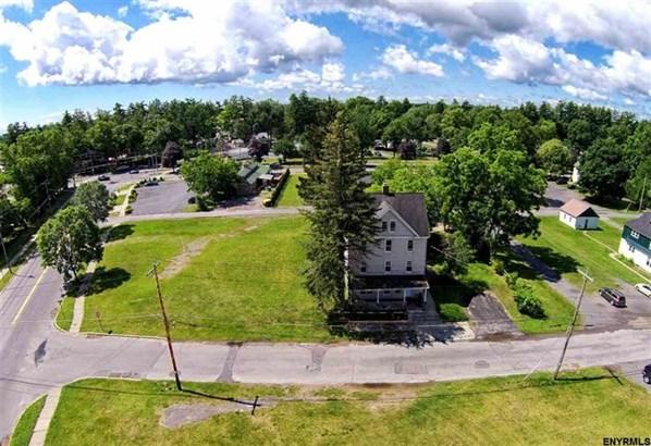 78 Mitchell St, Saratoga Springs, NY - USA (photo 1)