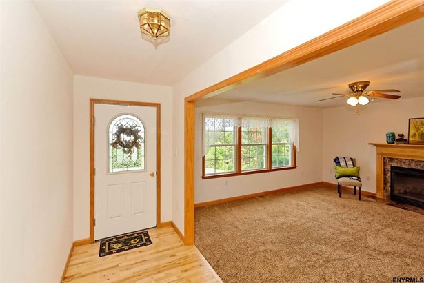20 Requate Rd, Valley Falls, NY - USA (photo 3)