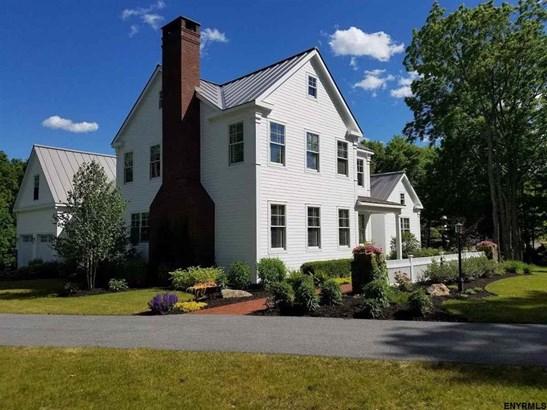 48 Nelson Av Ext, Saratoga Springs, NY - USA (photo 1)