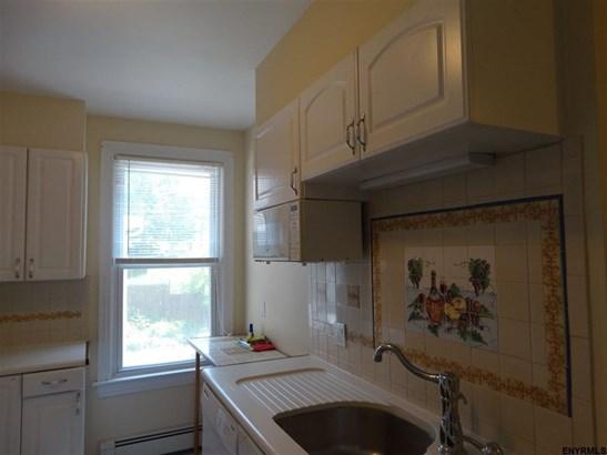 685 Delaware Av, Albany, NY - USA (photo 4)