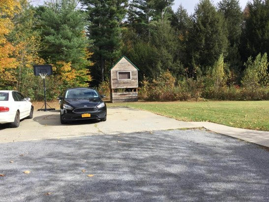 181 Wilton-gansevoort Road, Fortsville, NY - USA (photo 5)