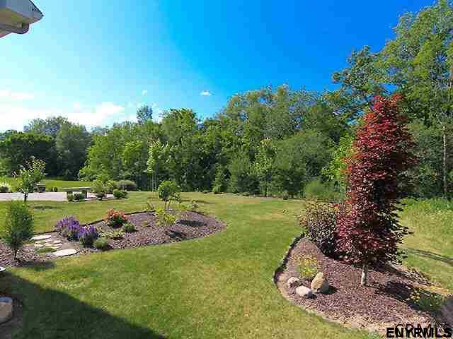 2505 Angelina Dr, Niskayuna, NY - USA (photo 1)