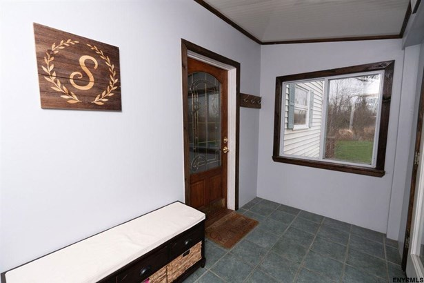 596 Meadowdale Rd, Guilderland, NY - USA (photo 2)