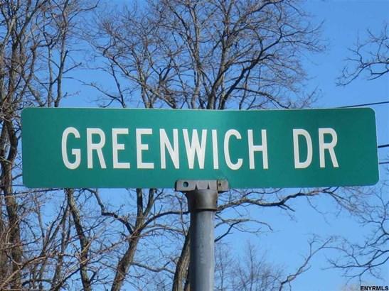 108 Greenwich Dr, Albany, NY - USA (photo 2)