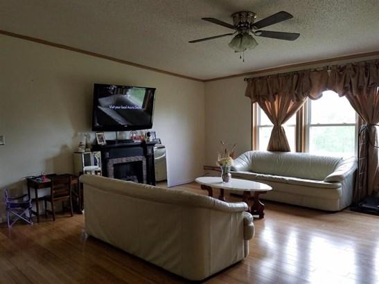 352 Smith-kingsman Rd, Mc Donough, NY - USA (photo 2)