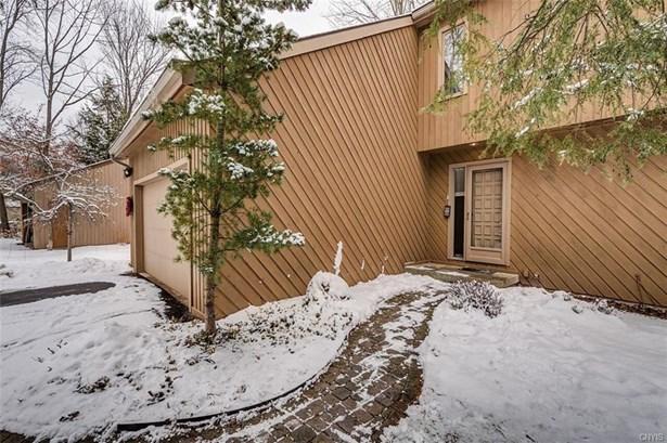 8634 Grey Birch Drive, Lysander, NY - USA (photo 2)