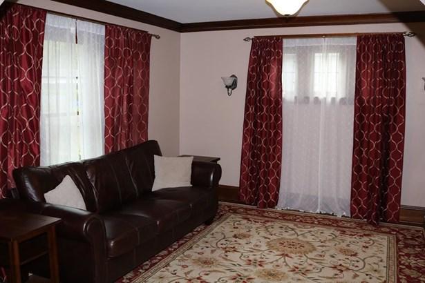 654 Elizabeth, Elmira, NY - USA (photo 5)