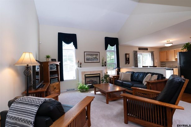 10 Wesley Pl, Voorheesville, NY - USA (photo 1)