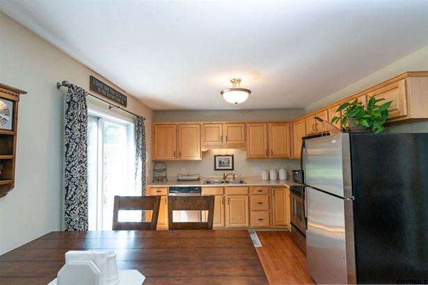 10 Wesley Pl, Voorheesville, NY - USA (photo 5)