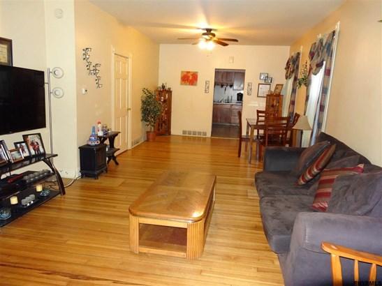 1029 Pleasant St, Schenectady, NY - USA (photo 5)