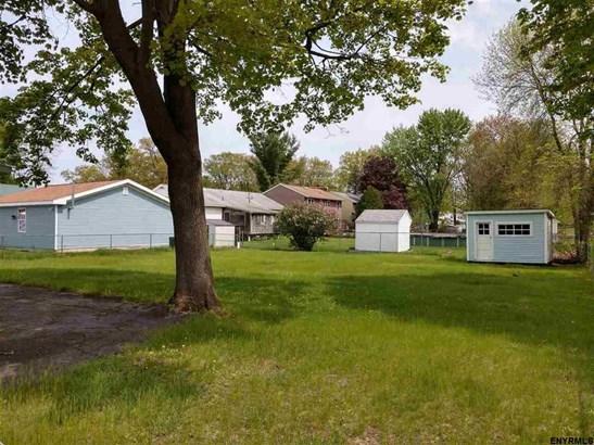 3311 Mcdonald Av, Schenectady, NY - USA (photo 3)