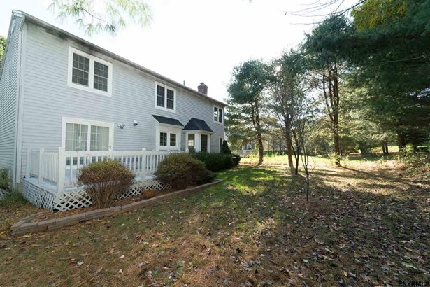 21 Chesterfield Dr, Guilderland, NY - USA (photo 2)