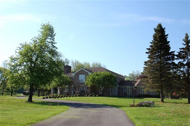 8394 Salt Springs Road, Manlius, NY - USA (photo 1)