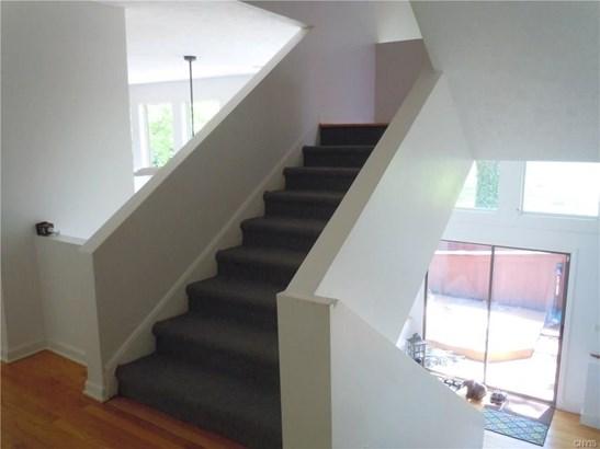 8151 Balsamwood Lane, Clay, NY - USA (photo 4)