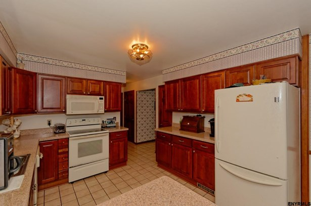 1051 Shave Rd, Guilderland, NY - USA (photo 2)