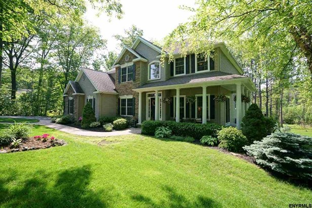 75 Springfield Dr, Voorheesville, NY - USA (photo 2)