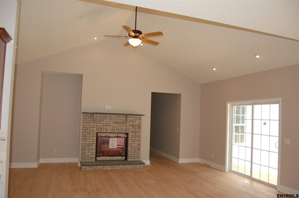 4011 Lexington Dr, Guilderland, NY - USA (photo 2)