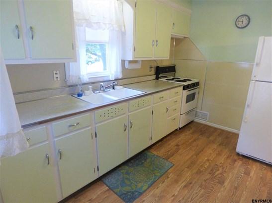 62 Campbell Av, Castleton On Hudson, NY - USA (photo 1)