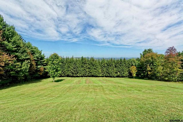 20 Requate Rd, Valley Falls, NY - USA (photo 1)