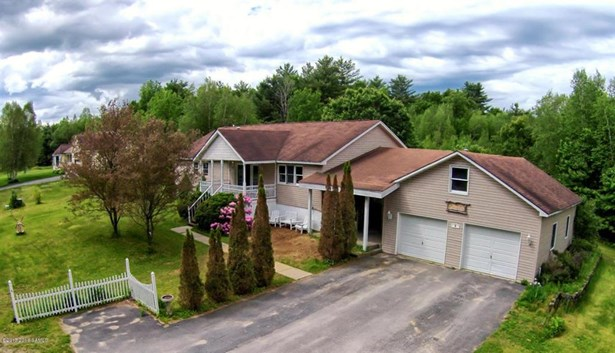 4 Quentin Court, Corinth, NY - USA (photo 1)