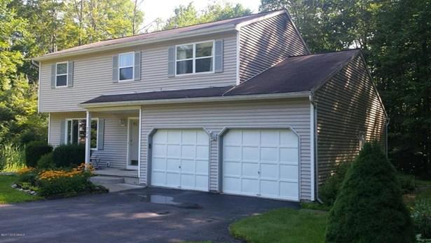 724 Burgoyne, Milton, NY - USA (photo 2)