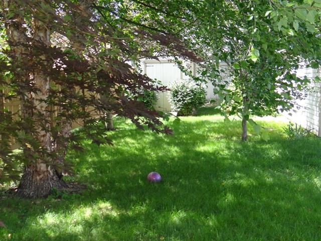 452 Cypress St, Elmira, NY - USA (photo 2)