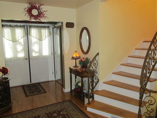 9 Mannis Pl (pvt), Queensbury, NY - USA (photo 3)