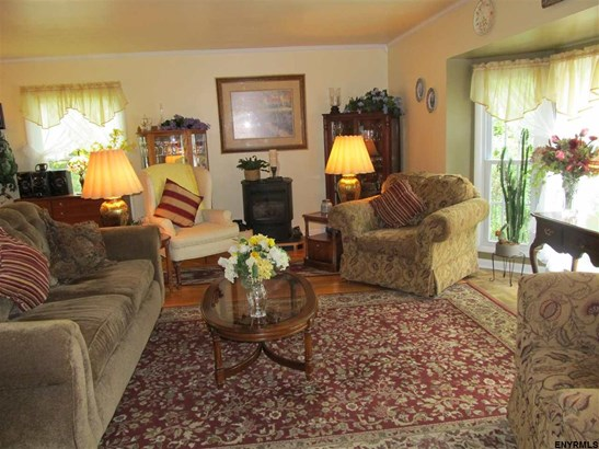 9 Mannis Pl (pvt), Queensbury, NY - USA (photo 4)