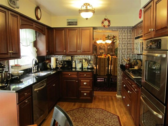 9 Mannis Pl (pvt), Queensbury, NY - USA (photo 5)