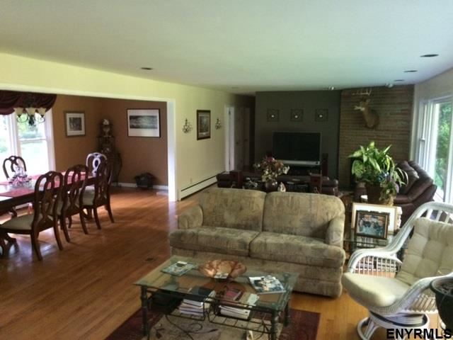 79 Retreat House Rd, Bethlehem, NY - USA (photo 3)