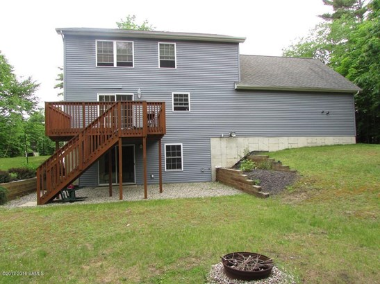 20 Rollman Circle, Hadley, NY - USA (photo 2)