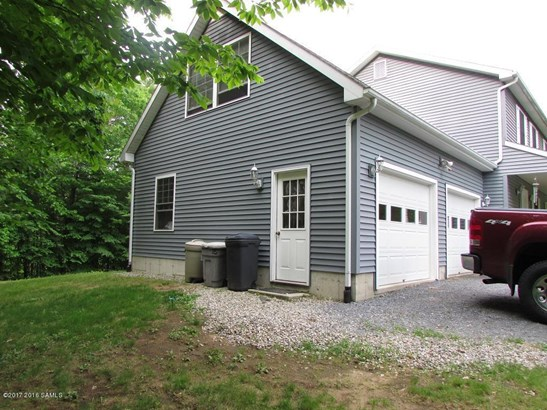 20 Rollman Circle, Hadley, NY - USA (photo 3)