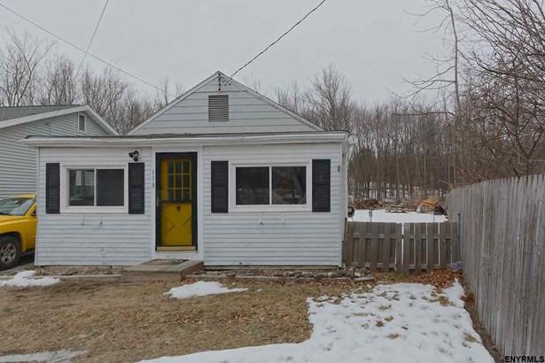 118 Pershing Av, North Greenbush, NY - USA (photo 1)