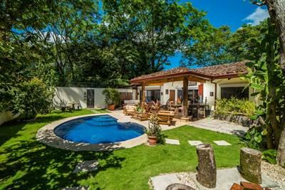Casa Beagles , Playa Potrero - CRI (photo 1)