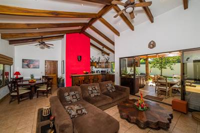 Casa Beagles , Playa Potrero - CRI (photo 2)