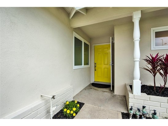 Single Family Residence, Cottage - Fountain Valley, CA (photo 2)