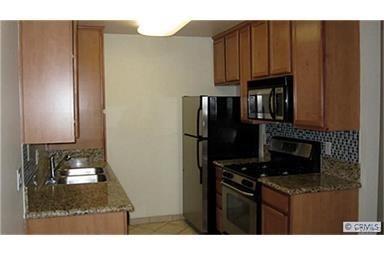Condominium - Chula Vista, CA (photo 4)