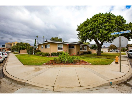 Single Family Residence, Traditional - Garden Grove, CA (photo 2)