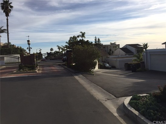 Condominium - Dana Point, CA (photo 2)