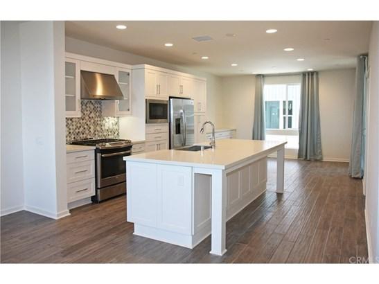 Contemporary,Modern, Single Family Residence - Costa Mesa, CA (photo 5)