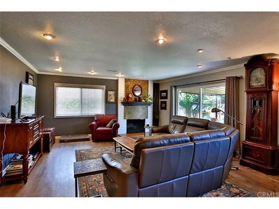 Single Family Residence, Bungalow - Huntington Beach, CA (photo 3)