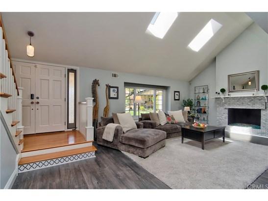 Contemporary,Mediterranean, Single Family Residence - Huntington Beach, CA (photo 2)