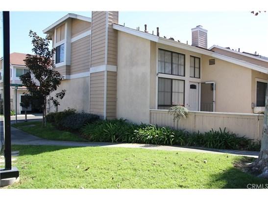 Condominium, Cape Cod - Stanton, CA (photo 1)