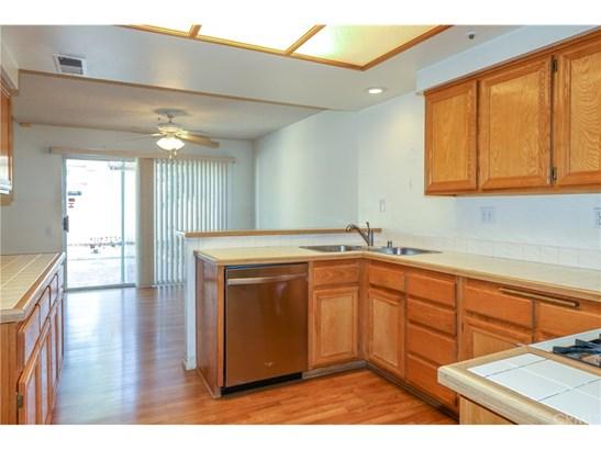 Condominium - Westminster, CA (photo 4)