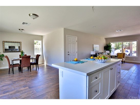 Single Family Residence - Garden Grove, CA (photo 4)